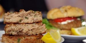 tuna-burger--67a45e6141a52fe734890e2a78b94e96_header